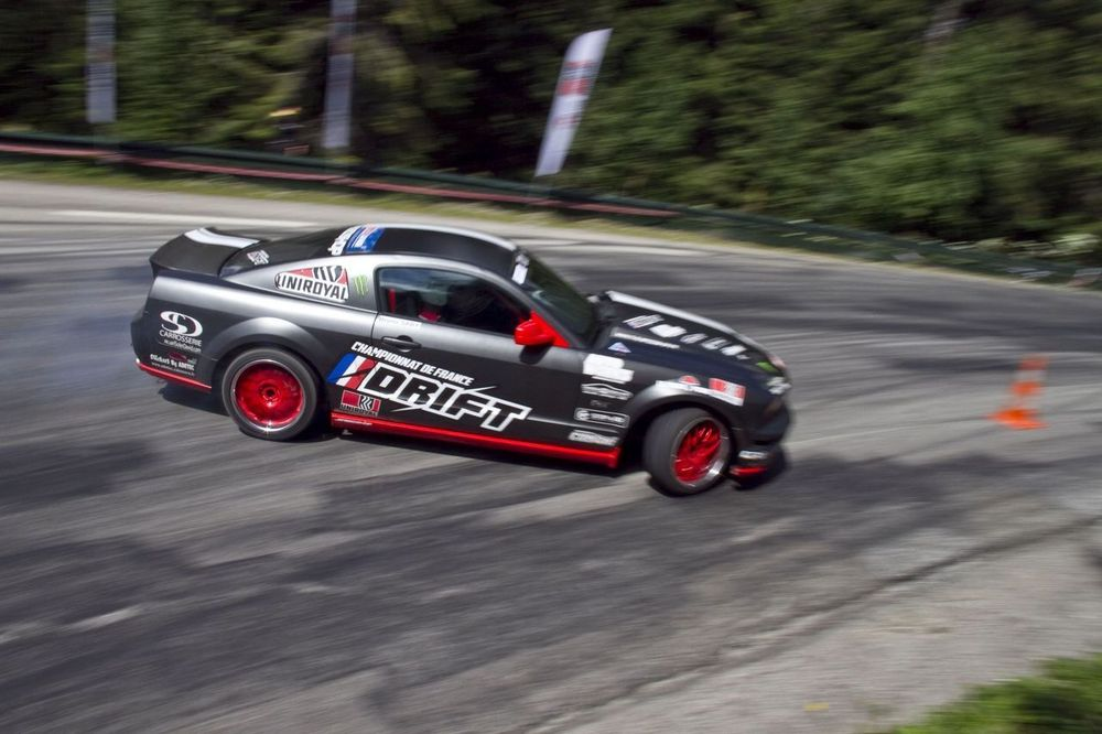 Mustang in Action - 2Alpes
